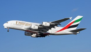 Emirates: emergency exit door opened in explosion on Airbus A380