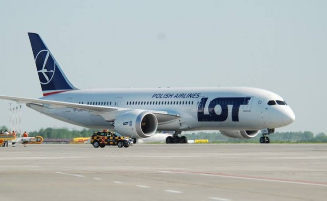 LOT Polish Airlines 787 Dreamliner