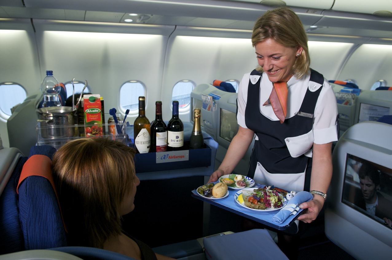 Should You Tip Your Flight Attendant O Cabin Crew 24