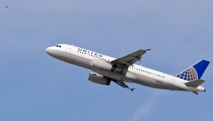 United Airlines pilot dies after forced emergency landing at Boise airport