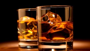 Pakistani airline pilot jailed for drinking bottle of whisky before flight