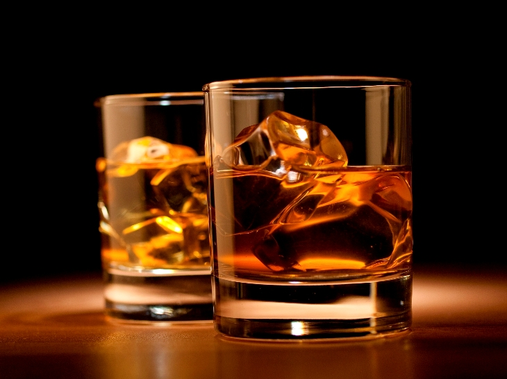 Pakistani airline pilot jailed for drinking bottle of whisky before flight