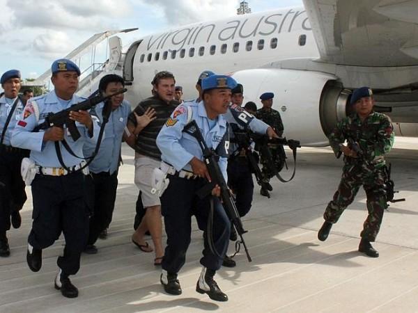 Virgin Australia plane forced to land in bali by drunk passenger
