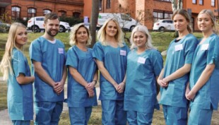 Laid-off flight attendants sign up to help hospitals with COVID-19 crisis