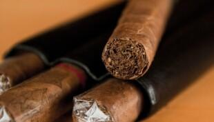 Flight attendant arrested for smuggling contraband cigars into Vietnam